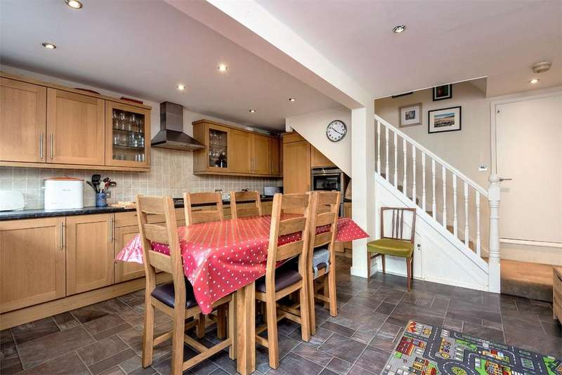 3 Bedrooms End Of Terrace House for sale in Fulflood, Winchester, Hampshire