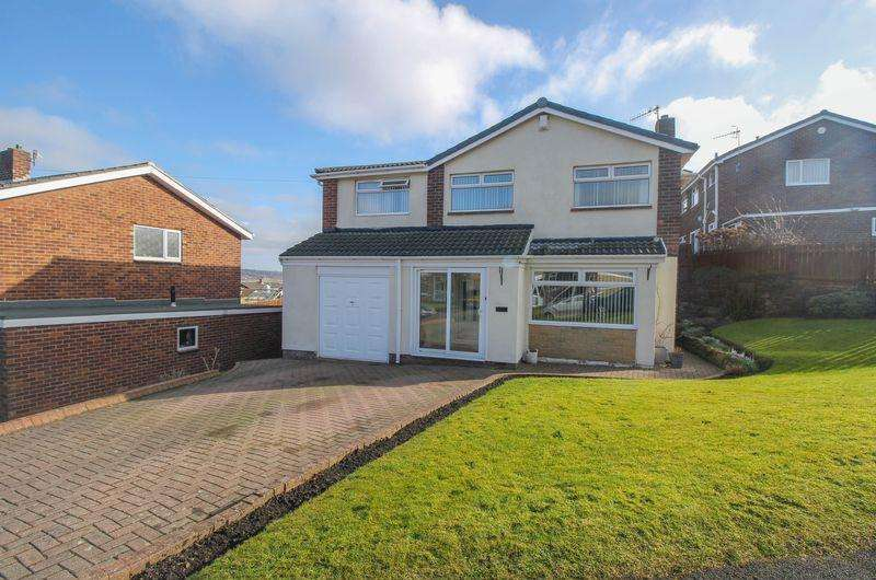 4 Bedrooms Detached House for sale in Chesmond Drive, Blaydon