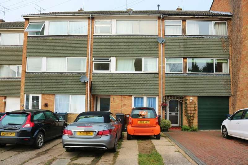 6 Bedrooms Terraced House for sale in Boyd Close, Bishop's Stortford