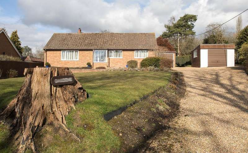 3 Bedrooms Bungalow for sale in Tubwell Lane, Maynards Green, Heathfield, East Sussex, TN21 0BY