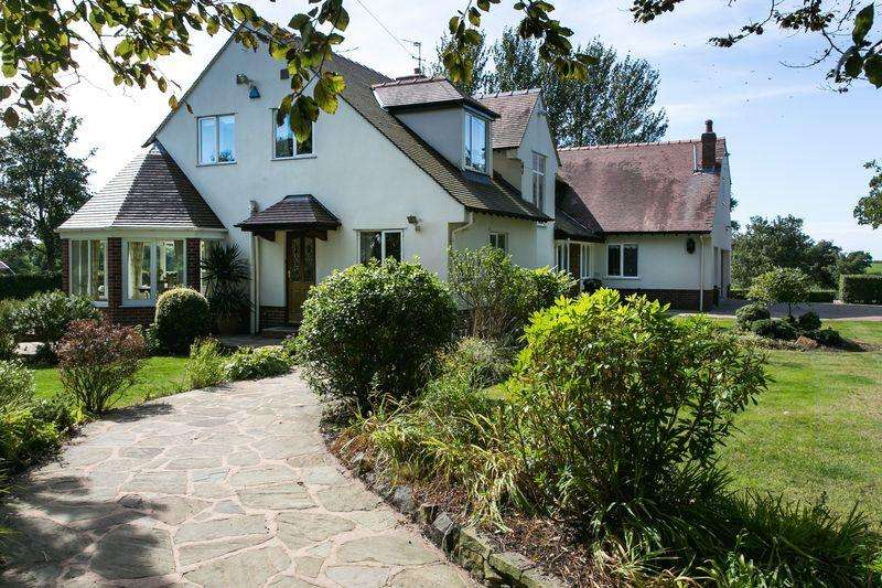 5 Bedrooms Detached House for sale in OPEN TO VIEW 24th MARCH 12-2PM. Mossfield, Moss House Lane, Great Plumpton