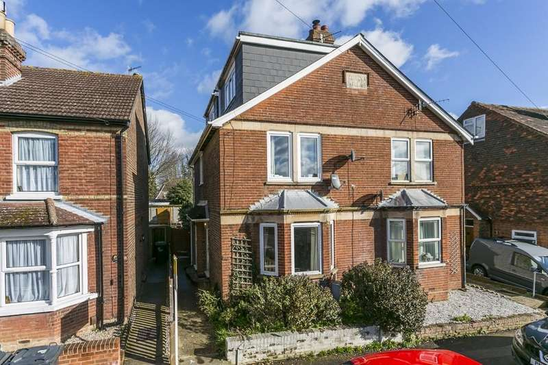1 Bedroom Ground Flat for sale in Tonbridge