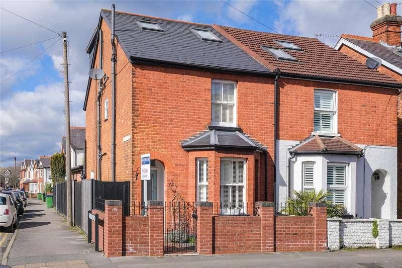 4 Bedrooms Semi Detached House for sale in Elmgrove Road, Weybridge, Surrey, KT13
