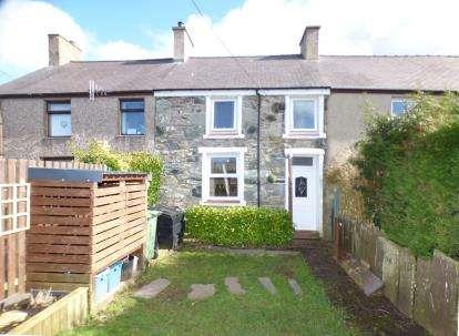 3 Bedrooms Terraced House for sale in Manorau, Ty'n Y Weirglodd, Penygroes, Caernarfon, LL54