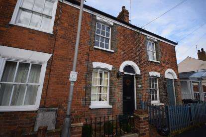 2 Bedrooms Terraced House for sale in Burnham-on-Crouch, Essex