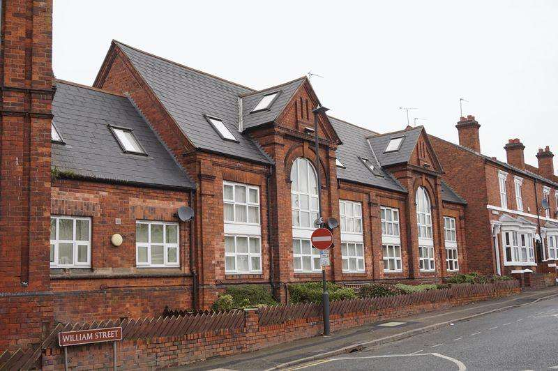 2 Bedrooms Apartment Flat for rent in School Lofts, Cecil Street, Walsall