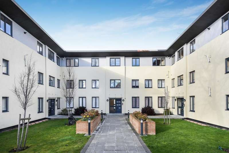 2 Bedrooms Flat for sale in Sidcup Road Eltham SE9