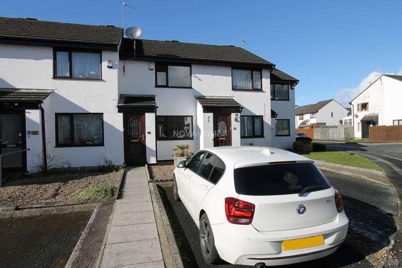 2 Bedrooms Terraced House for sale in St Boniface Close, Beacon Park, PL2 3QN