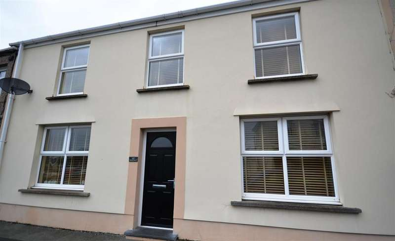 4 Bedrooms Terraced House for sale in Milford Haven