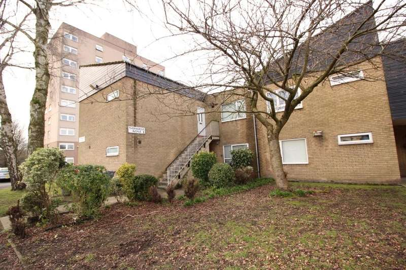 2 Bedrooms Flat for sale in Thorngrove Avenue, Manchester, M23