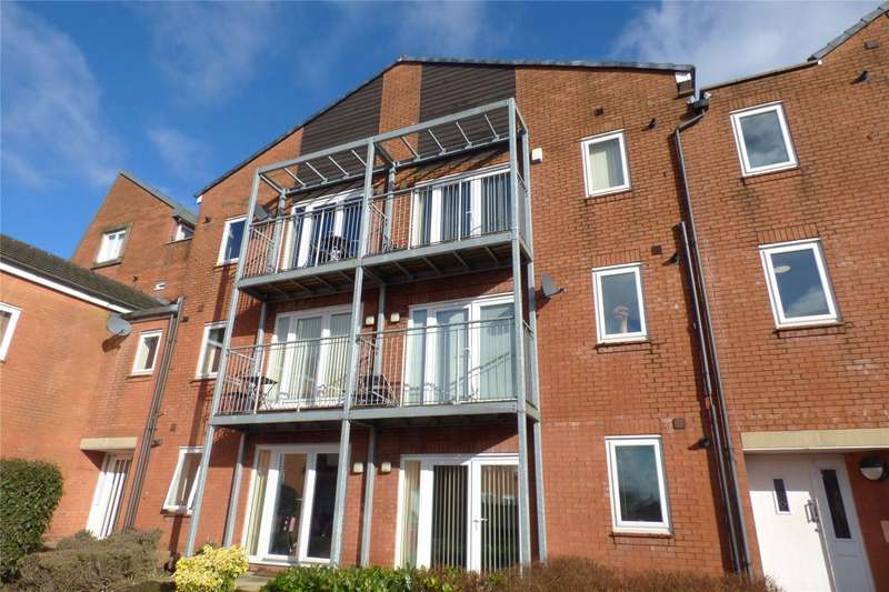 2 Bedrooms Apartment Flat for sale in Waverley Court, Waverley Street, Oldham, Greater Manchester, OL1