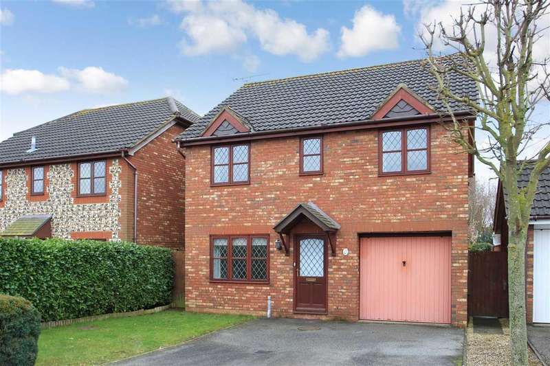 4 Bedrooms Detached House for sale in Bugsby Way, Grange Farm, Kesgrave, Ipswich