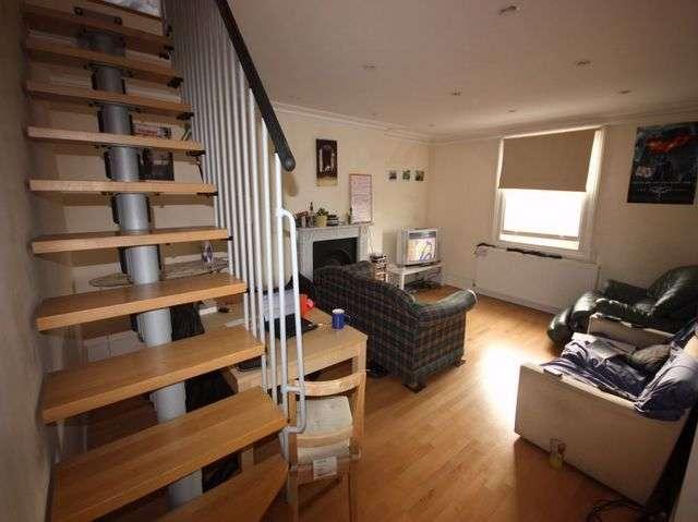 4 Bedrooms Maisonette Flat for rent in Tollington Park, Finsbury Park, London, N4 3QX