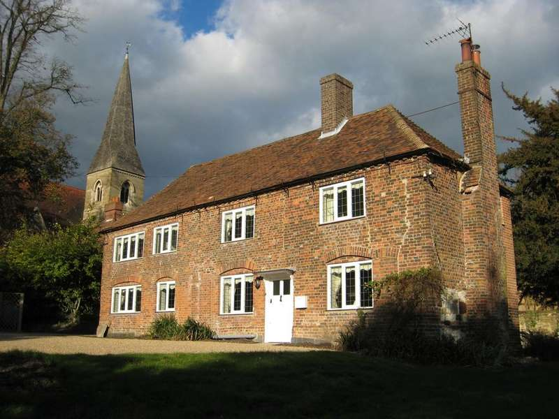4 Bedrooms Detached House for rent in Pilgrims Lane, Titsey, Oxted, Surrey