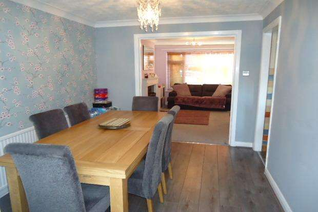 3 Bedrooms Semi Detached House for sale in Southey Close, Enderby, Leicestershire, LE19