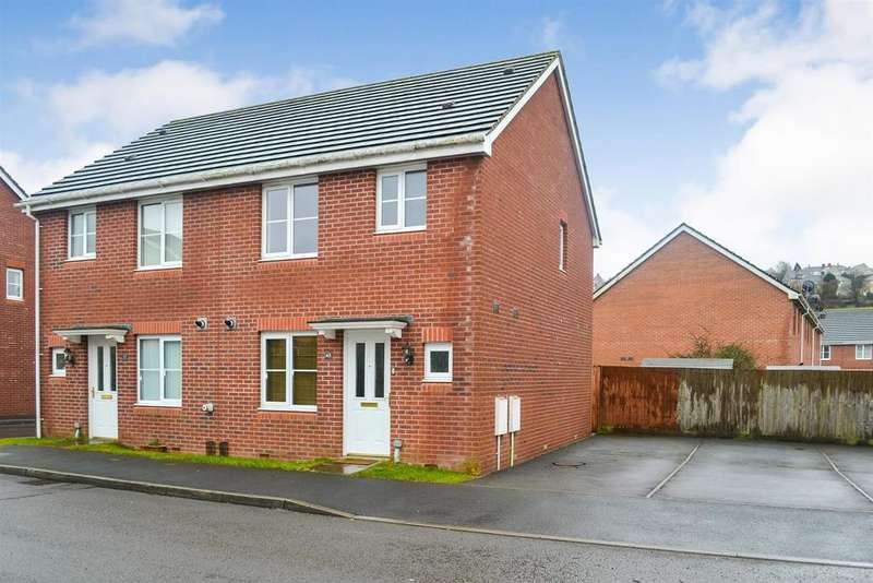 3 Bedrooms Semi Detached House for sale in Charlotte Court, Townhill, Swansea