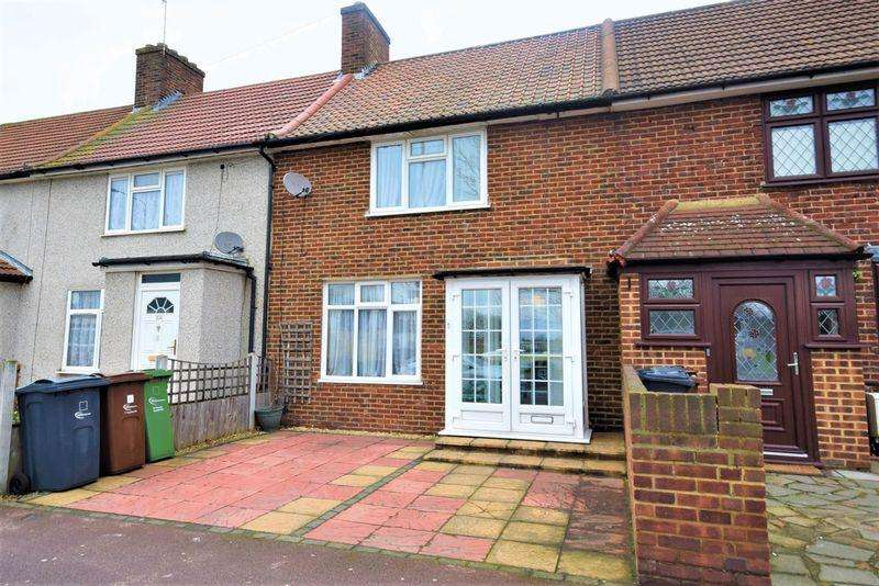 3 Bedrooms Terraced House for sale in Parsloes Avenue, Dagenham