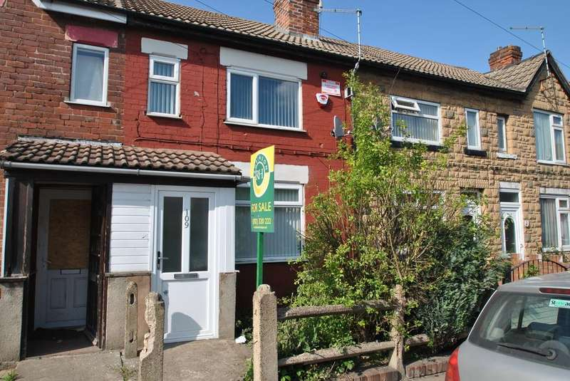3 Bedrooms Terraced House for sale in Staveley Street, Edlington, Doncaster