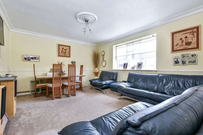 2 Bedrooms Flat for sale in Bryden Close, Sydenham, SE26