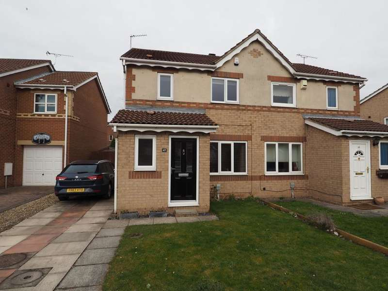 3 Bedrooms Semi Detached House for sale in Bridgegate Drive, Victoria Dock, Hull, East Yorkshire, HU9 1SY