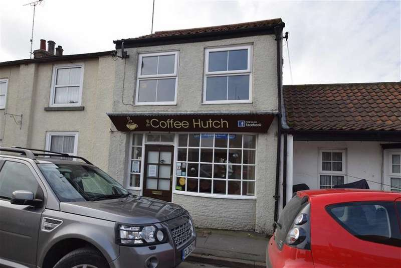 1 Bedroom Commercial Property for sale in High Street, Flamborough, East Yorkshire