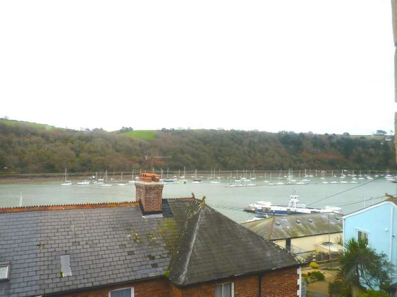 3 Bedrooms End Of Terrace House for rent in Dartmouth, Devon