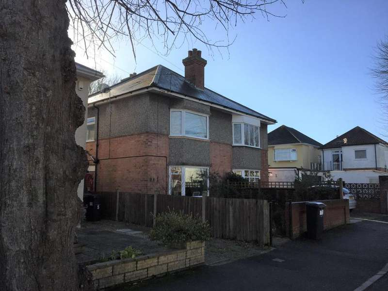 3 Bedrooms Semi Detached House for sale in Southwick Road, Bournemouth, BH6