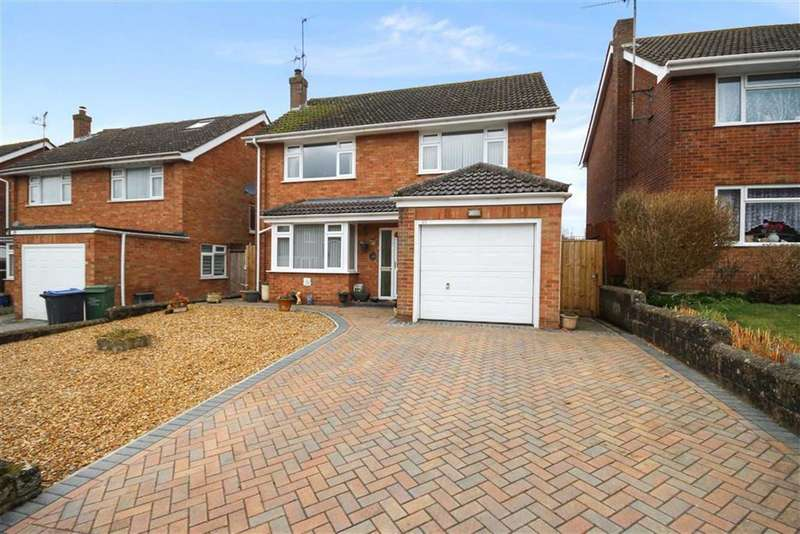 3 Bedrooms Detached House for sale in Parsons Way, Royal Wootton Bassett, Wiltshire