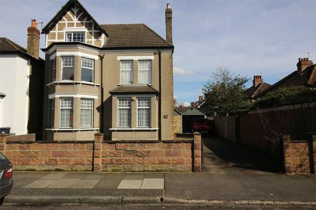 6 Bedrooms Detached House for sale in Wheathill Road, Anerley, London