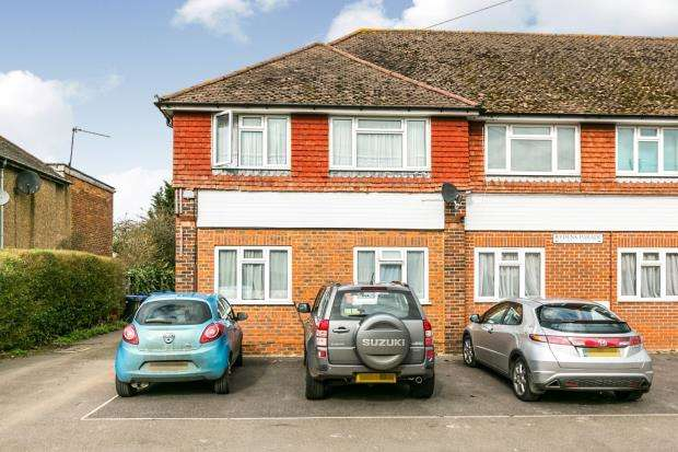 1 Bedroom Maisonette Flat for sale in Rydens Way, Woking, Surrey