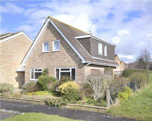 3 Bedrooms Detached House for sale in Jaythorpe, Abbeydale, GLOUCESTER, GL4 5ES