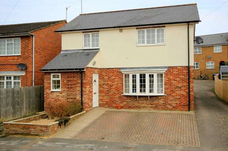 4 Bedrooms Detached House for sale in 4 BED DETACHED HORSECROFT ROAD HP1