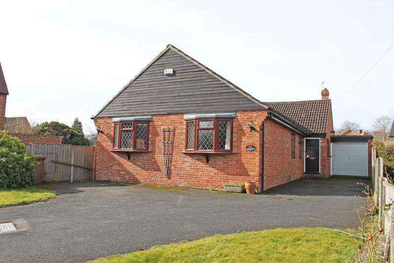 3 Bedrooms Bungalow for sale in Church Street, Upton