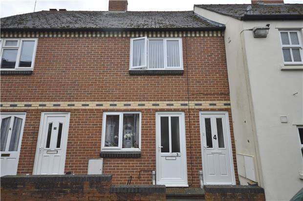 1 Bedroom Flat for rent in Sutton Gardens, STROUD, Gloucestershire, GL5