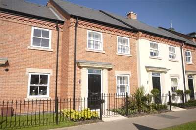 2 Bedrooms House for rent in Evesham Road, Stratford upon Avon