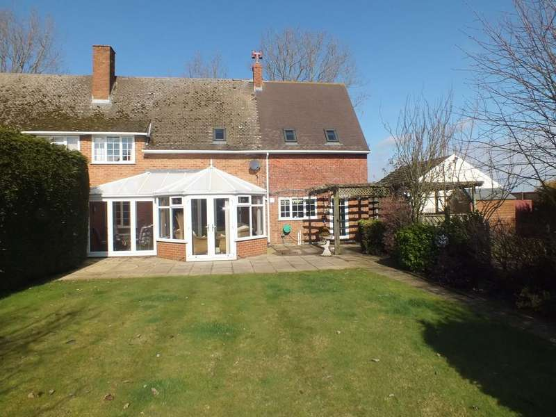 4 Bedrooms Semi Detached House for sale in Wheatmere Drove, Low Fulney