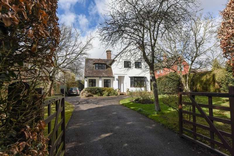 5 Bedrooms Detached House for sale in Bell Hill, Petersfield, Hampshire