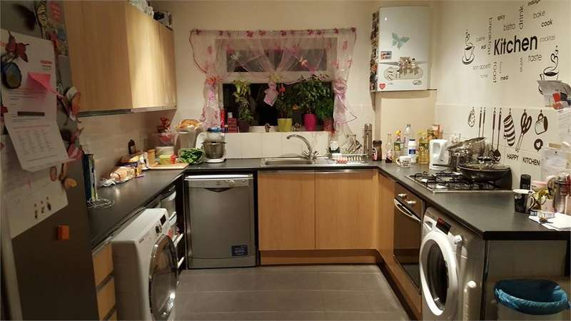 3 Bedrooms Semi Detached House for sale in Stanley Road, Wellingborough, Northamptonshire