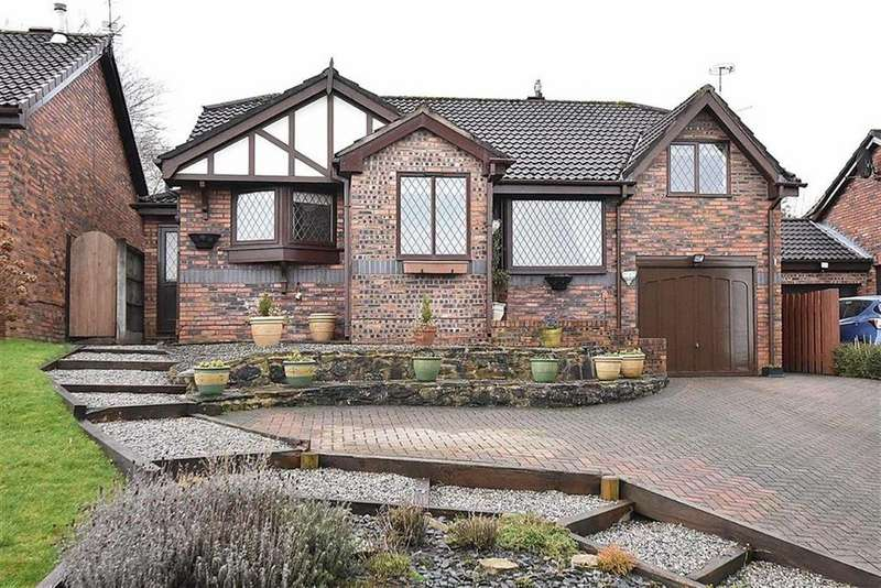 3 Bedrooms Detached Bungalow for sale in Cornfield Close, Tytherington, Macclesfield