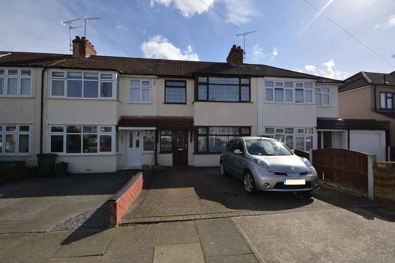 3 Bedrooms Terraced House for sale in Heather Way, Rise Park, RM1