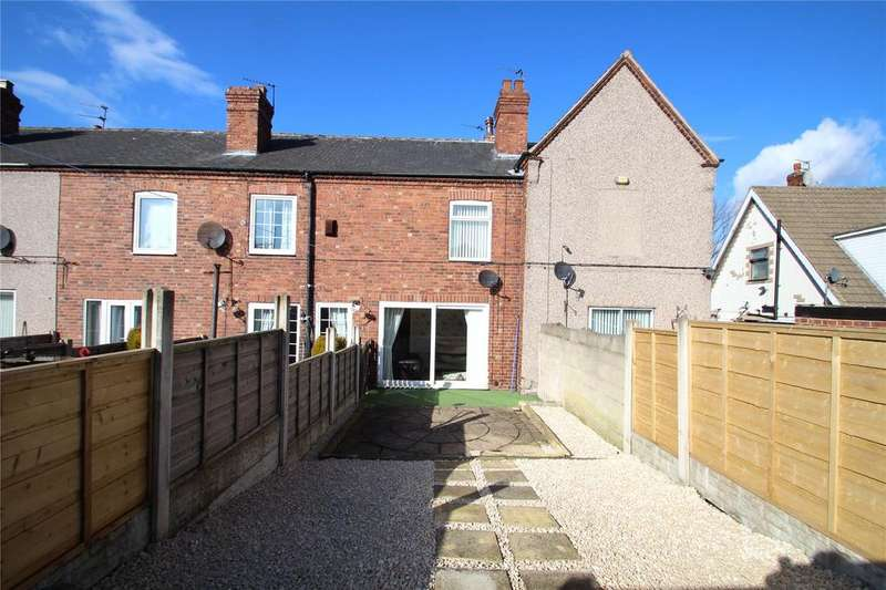 2 Bedrooms Terraced House for sale in Vale Terrace, Knottingley, West Yorkshire, WF11