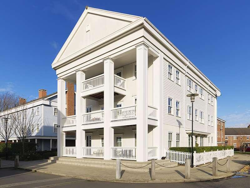 2 Bedrooms Property for sale in Sherbrooke Way, Worcester Park, KT4