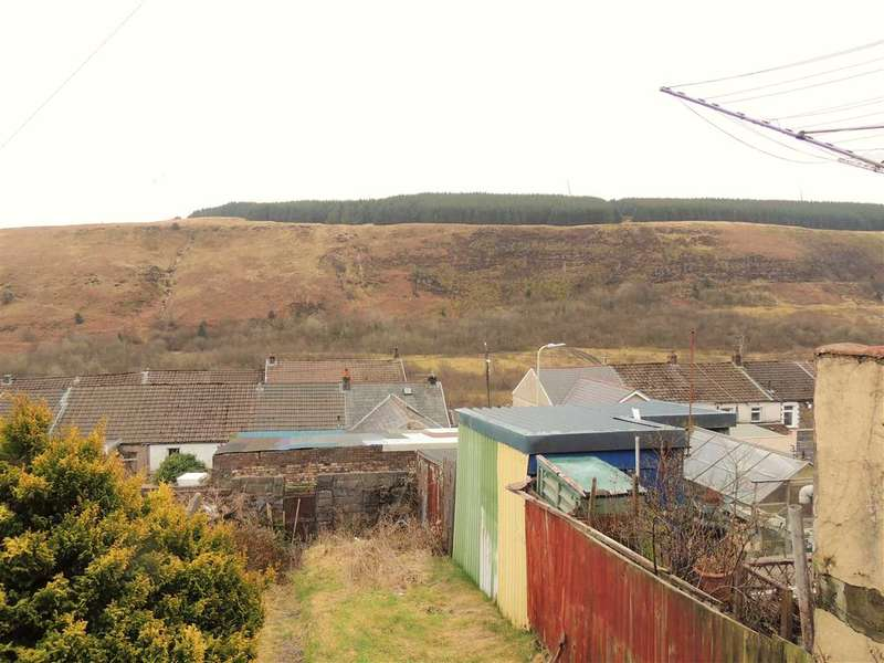 3 Bedrooms Terraced House for sale in Morton Terrace, Tonypandy
