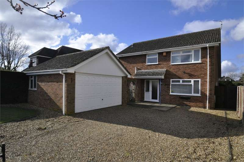 3 Bedrooms Detached House for sale in Broadshard Lane, Ringwood