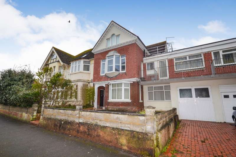 2 Bedrooms Flat for sale in Bedford Avenue, Bexhill On Sea, TN40