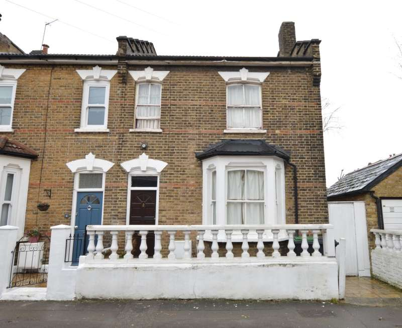 3 Bedrooms Semi Detached House for sale in Terrick Road, Alexandra Park, London, N22 7SH