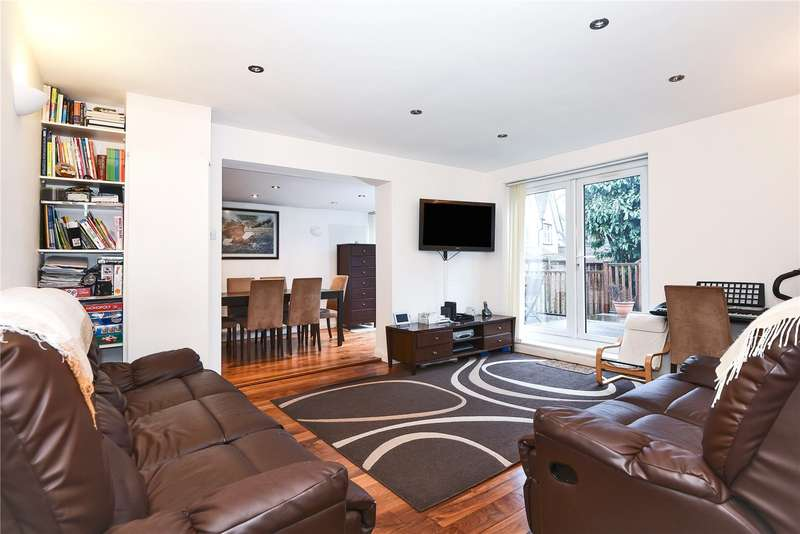4 Bedrooms Detached House for sale in Bowls Close, Stanmore, Middlesex, HA7