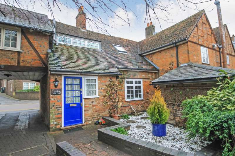 3 Bedrooms Cottage House for rent in Clements Place, Tring