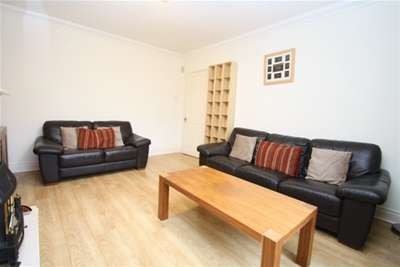 2 Bedrooms Flat for rent in Westway, Dunston, Gateshead