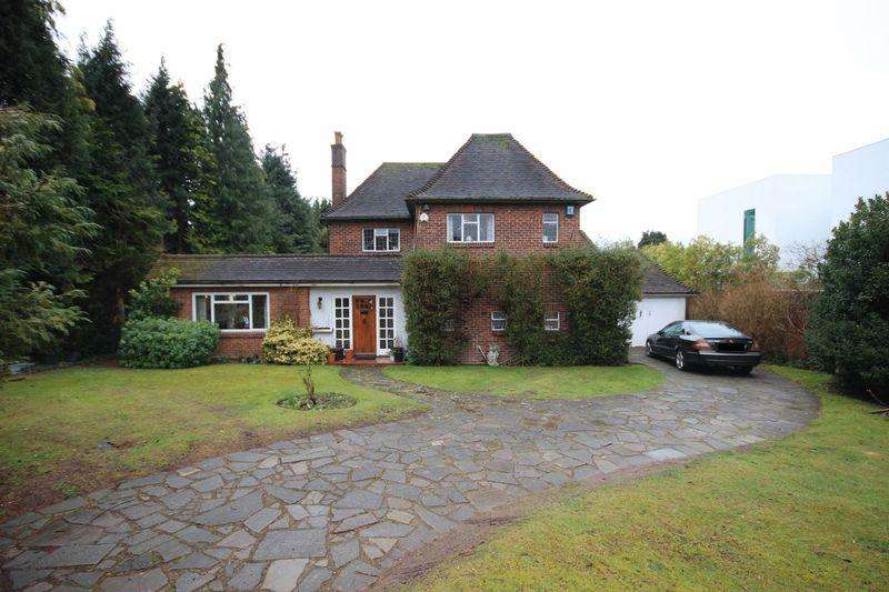 3 Bedrooms Detached House for rent in SOUTH CHEAM
